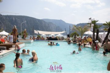 La Vella Pool Party